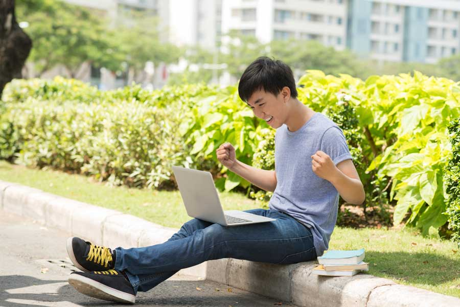 Write the best college application essay