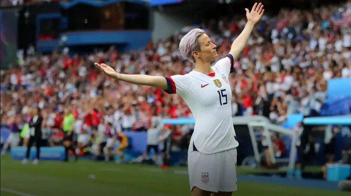 Megan Rapinoe celebrating a goal